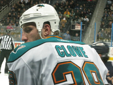 Clowe_and_blue_nose_medium
