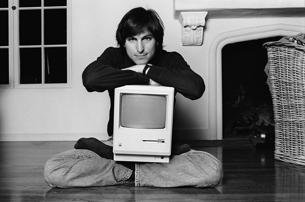 Steve-jobs-macintosh
