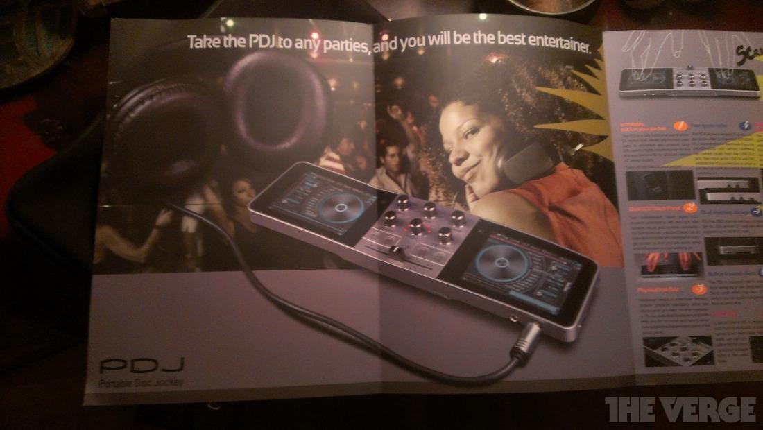 Pdj-brochure
