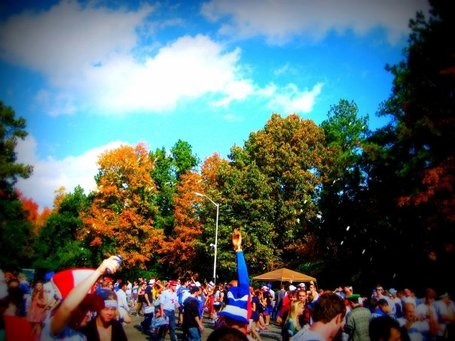 Duketailgate_medium