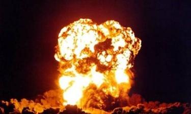 205993-nuclear_explosions_053_super_medium