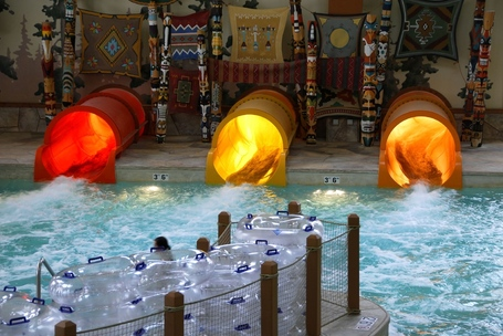 Great_wolf_lodge_indoor_water_park_cincinnati_medium