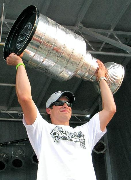 Sid_and_the_cup_medium
