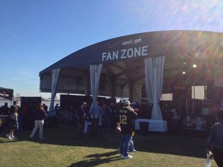 Fanzonetent_medium