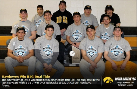 Iowa_2013_b1g_dual_champions_medium