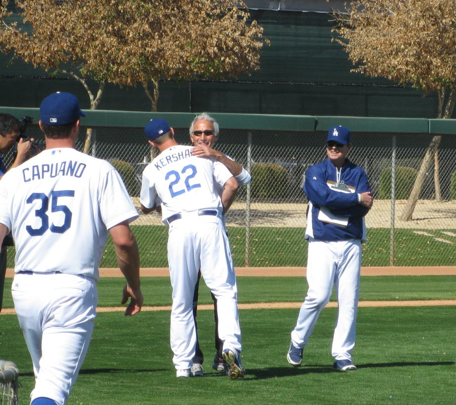 Sandy Koufax and Clayton Kershaw hug