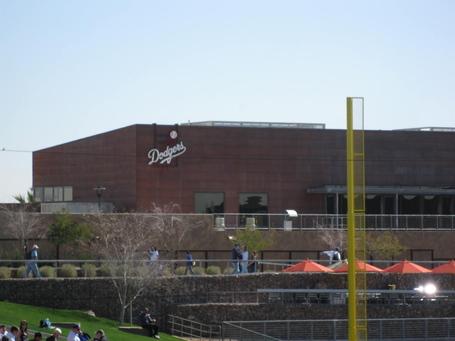 Dodgers-logo-building-camelback_medium