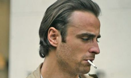 Berbatov_smoking11_medium