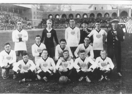 1916_team_photo_original_large_medium