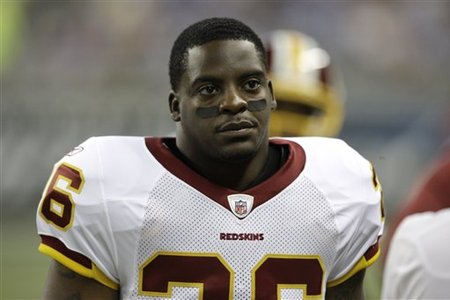 57132_redskins_portis_football_medium
