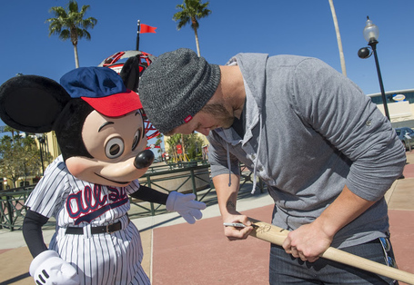 Bryce_harper_with_mickey_mouse_1_medium