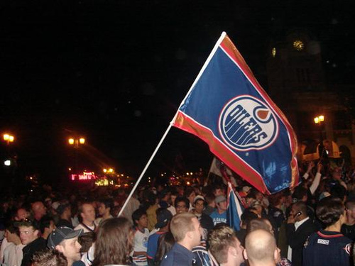 Oiler_flag_waving
