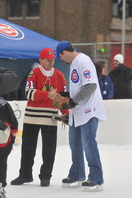 Two popular Chicago sports figures meet