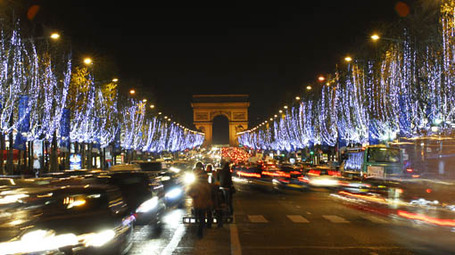 Paris_champs_elysees_photoshot_510x286_medium