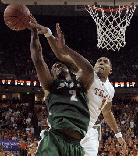 31018_michigan_st_texas_basketball_medium