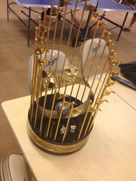 1988-world-series-trophy_medium