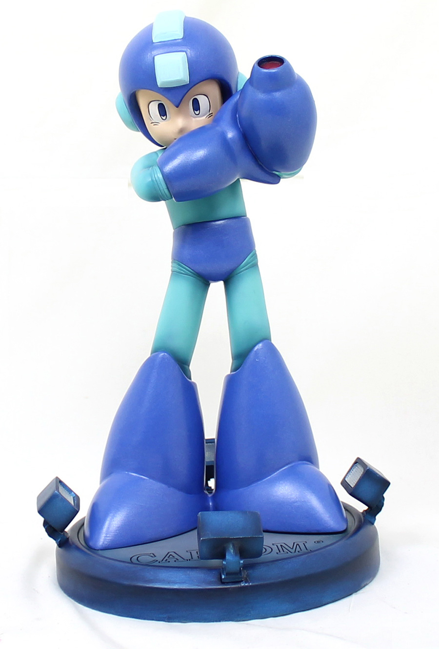 Mega-man-statue-tall_900