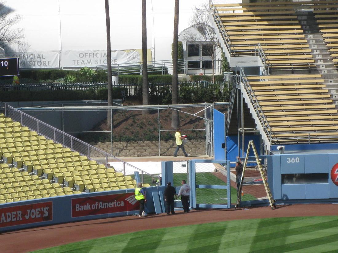 dodger stadium seating chart view