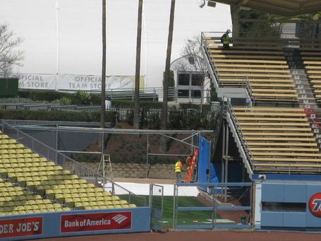 Dodger-stadium-bullpen-construction-032913__2__medium