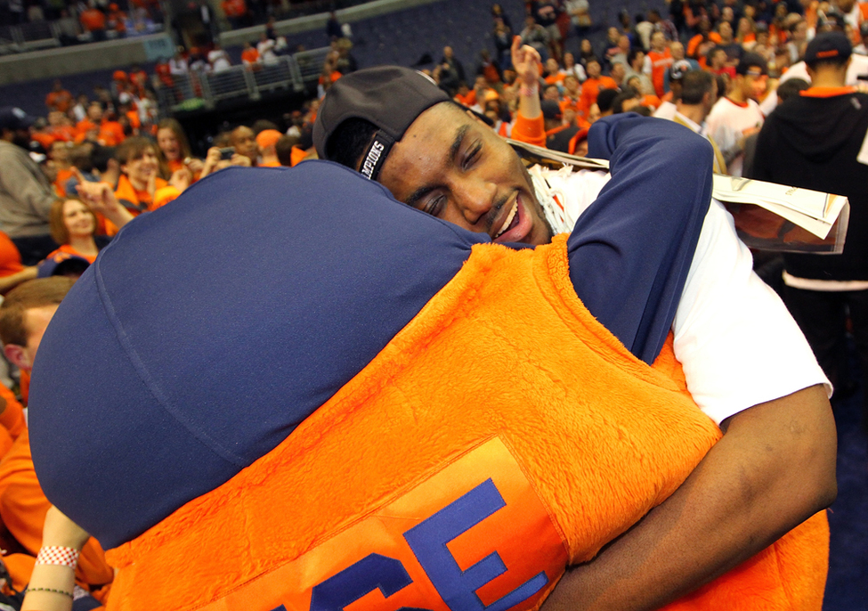 Rakeem Christmas Hugging Otto After We Beat Marquette It Was A Great Spontaneous Reaction That Is Currently My Desktop Wallpaper