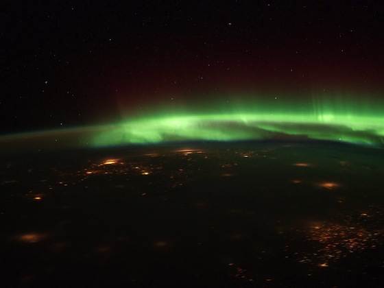 Nasa-aurora-midwest-space