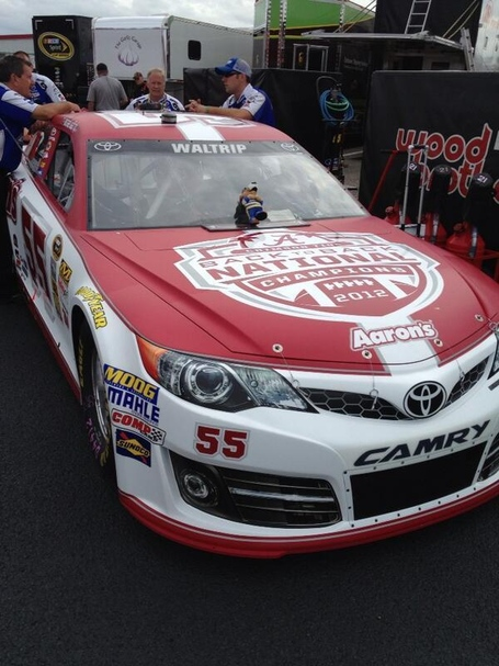 Roll_tide_nascar_front_medium