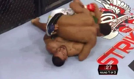 Jacare_half_pass_1_medium