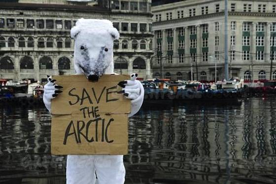 Greenpeace-polar-bear-arctic-protest
