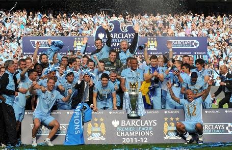 Manchester_city_team_photo_medium