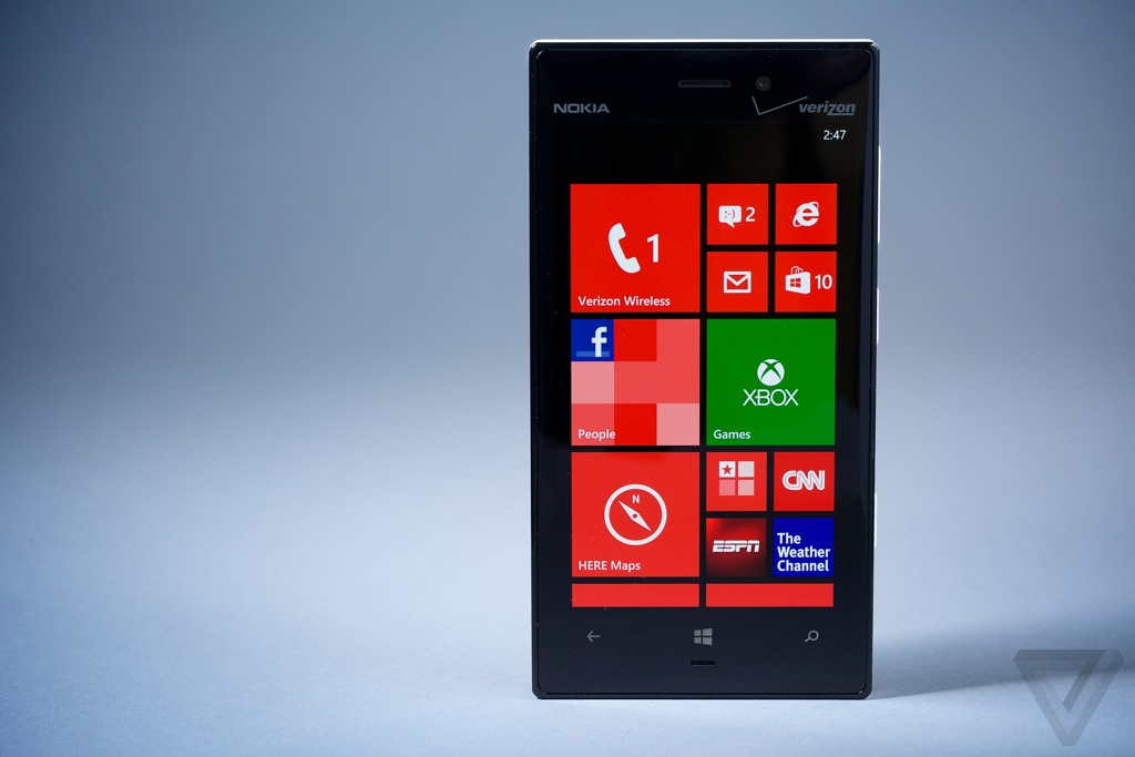 Lumia928-2-hero
