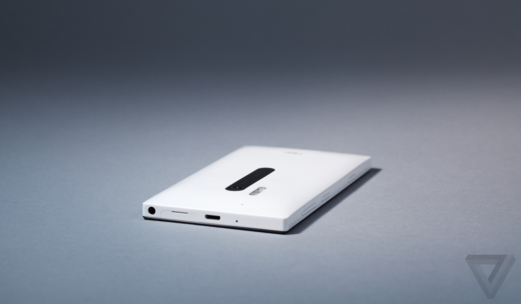 Lumia928-6-hero