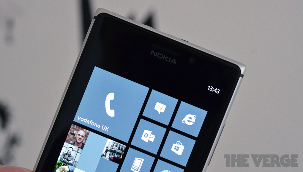 Lumia925_review-fatscreen-1020