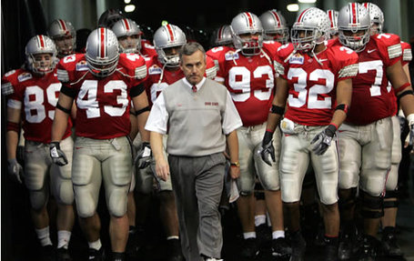 Tressel-leading-team_medium