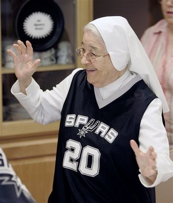 Nuns_love_spurs-737575_medium