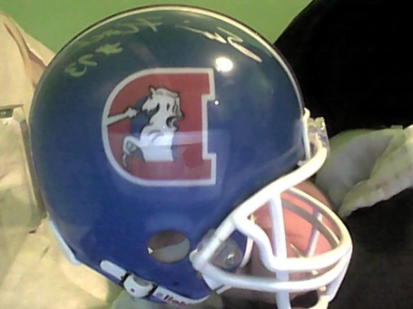 Mini_helmet_medium