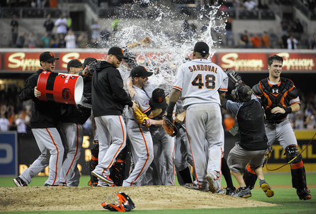 Lincecum_liquid_medium