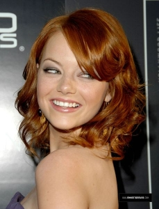 Emma_stone_profile_pic_medium