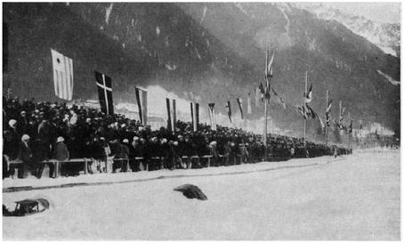 1924_olympic_hockey_crowd_medium