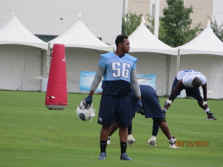Titans_training_camp_026_medium