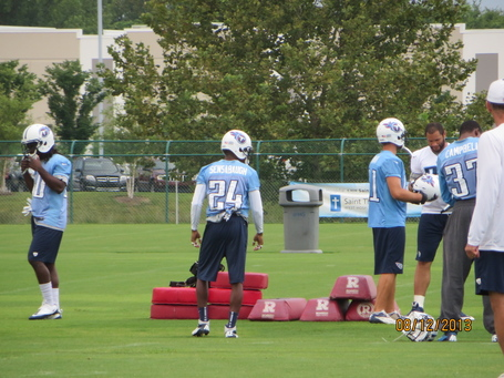Titans_training_camp_010_medium