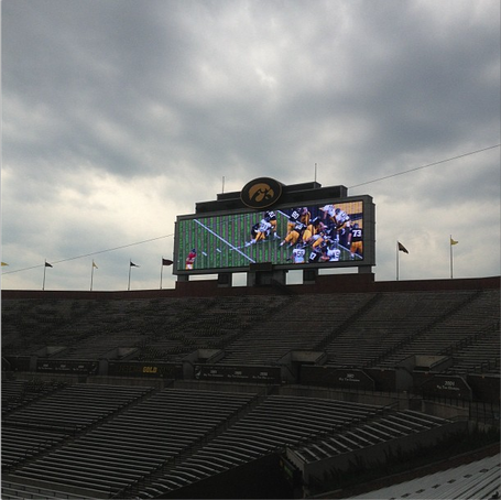 Kinnick_south_scoreboard_medium