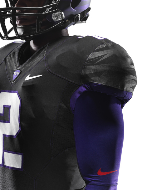 Ncaa_fb13_uniforms_tcu_quadrant_0008_original_medium
