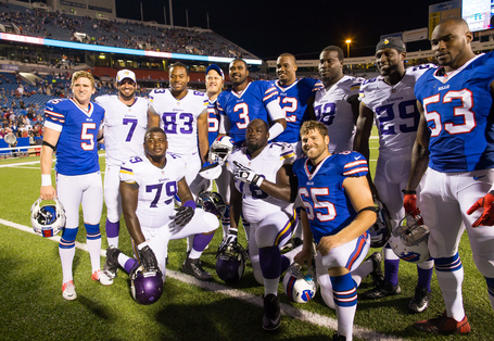 Bills_and_vikes_fsu_players_medium