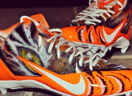 Nike-alpha-pro-34-bengals-custom-by-dez-customz-for-aj-green-1_medium
