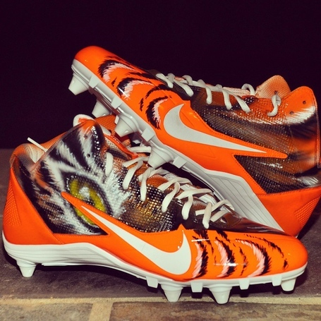 Nike-alpha-pro-34-bengals-custom-by-dez-customz-for-aj-green-2_medium