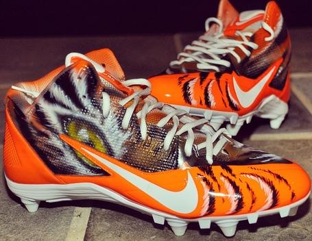 Nike-alpha-pro-34-bengals-custom-by-dez-customz-for-aj-green-4_medium