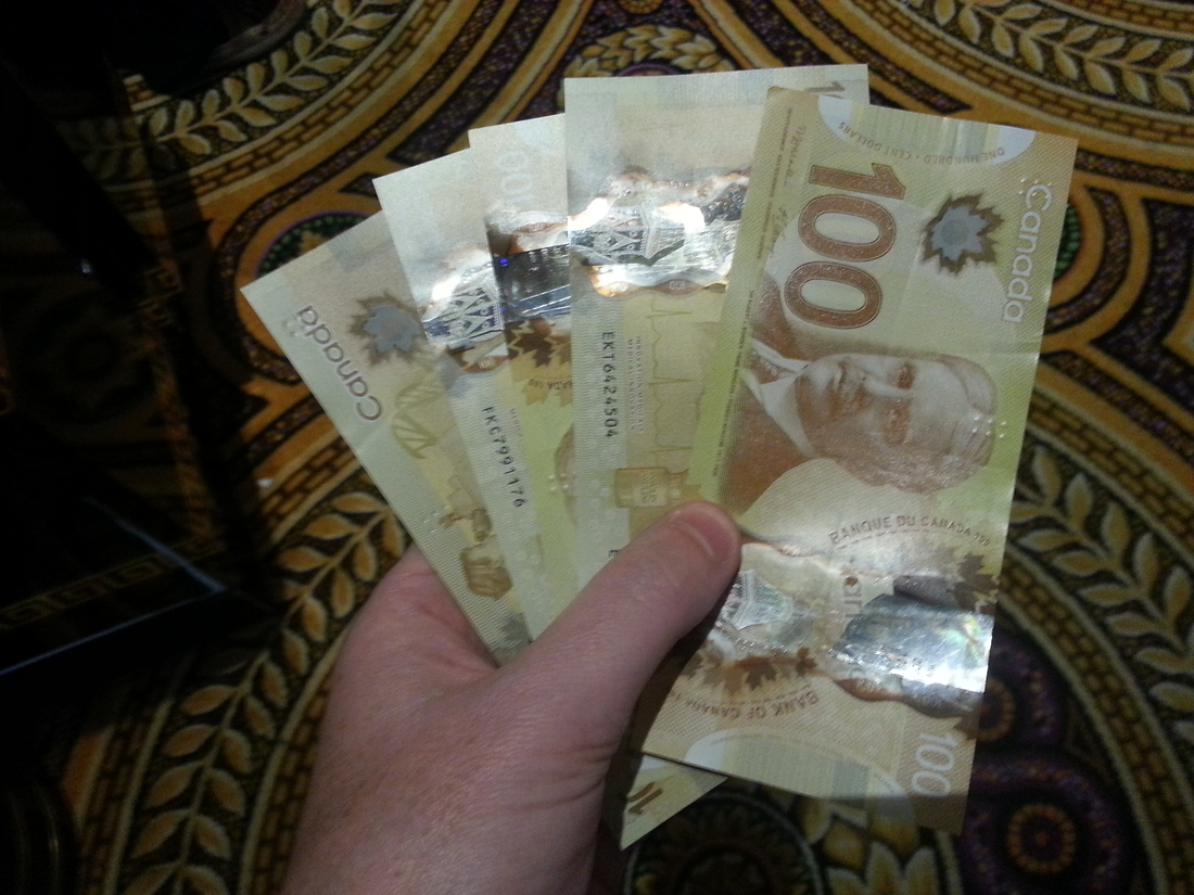 Canadian_money