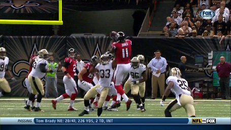 Julio-1st_down-17_yards-catch_medium