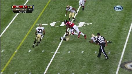 Steven_jackson-1st_down-7_yards-tackle_medium