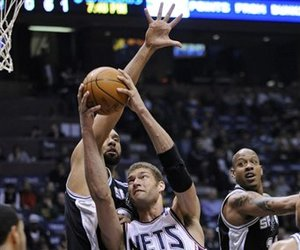 82098_spurs_nets_basketball_large_medium